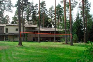 здание академии Ларкуллы